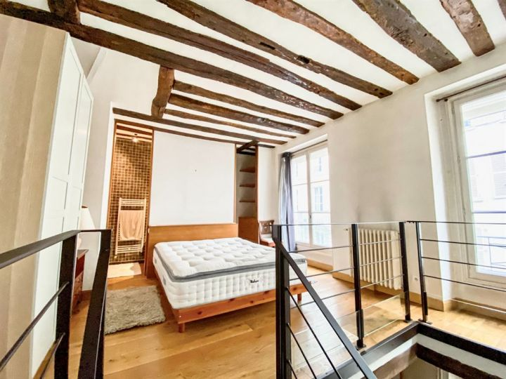 apartment 2 rooms for rent on PARIS (75007)